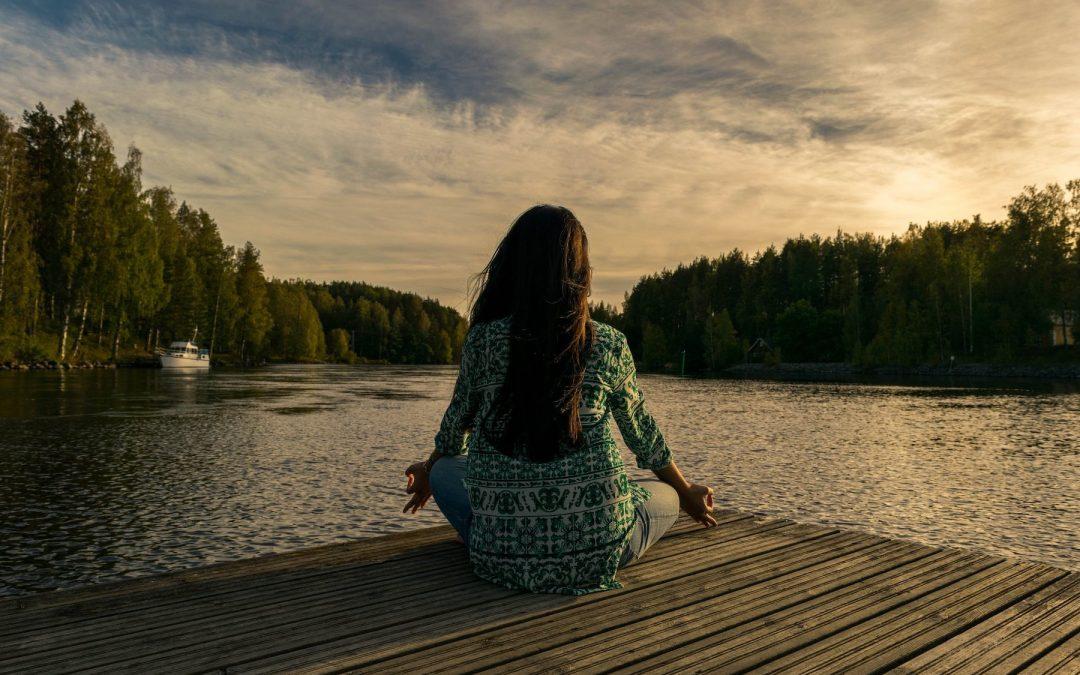 5 Ways Meditation Can Help During Pregnancy